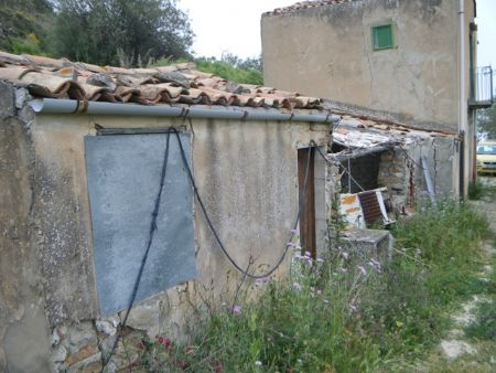 immobiliers vendre 3 chambres villa maison vendre en sicily sicily italie acheter des biens. Black Bedroom Furniture Sets. Home Design Ideas